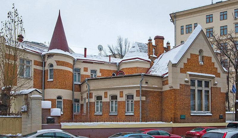 Особняк Ф.Шехтеля (Ермолаевский переулок, 28). Арх. Ф.Шехтель. 1896. Фото 2021.