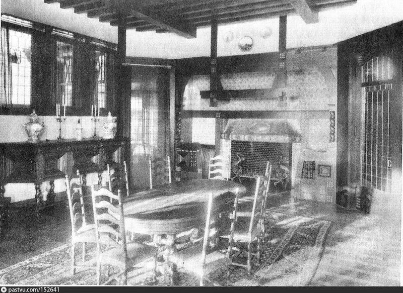 Усадьба Н.Д.Морозова в Льялове. Голландская столовая. Фото 1911.