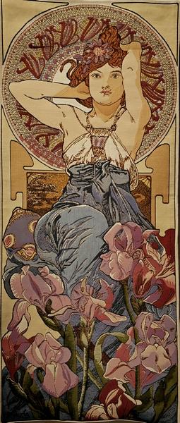 Аметист. Выполнен по картине Альфонса Мухи (1860-1939), одного из основателя стиля модерн. 105х45 см.