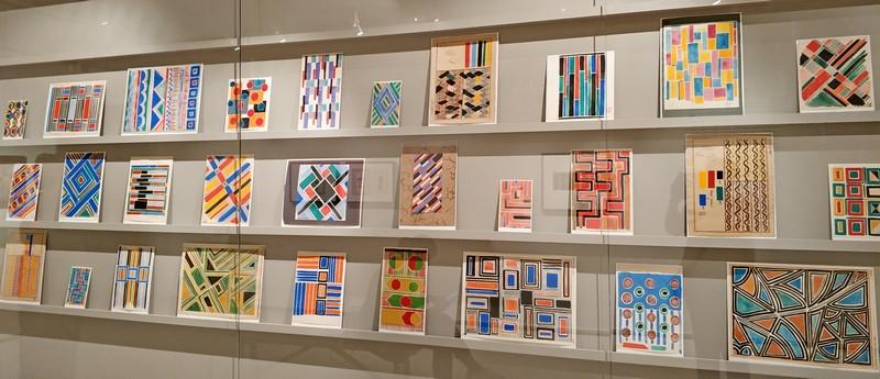 Соня Делоне. Эскизы для ткани. Бумага, картон, гуашь, тушь, карандаш. Собрание Эммануэля Буссара, Париж.