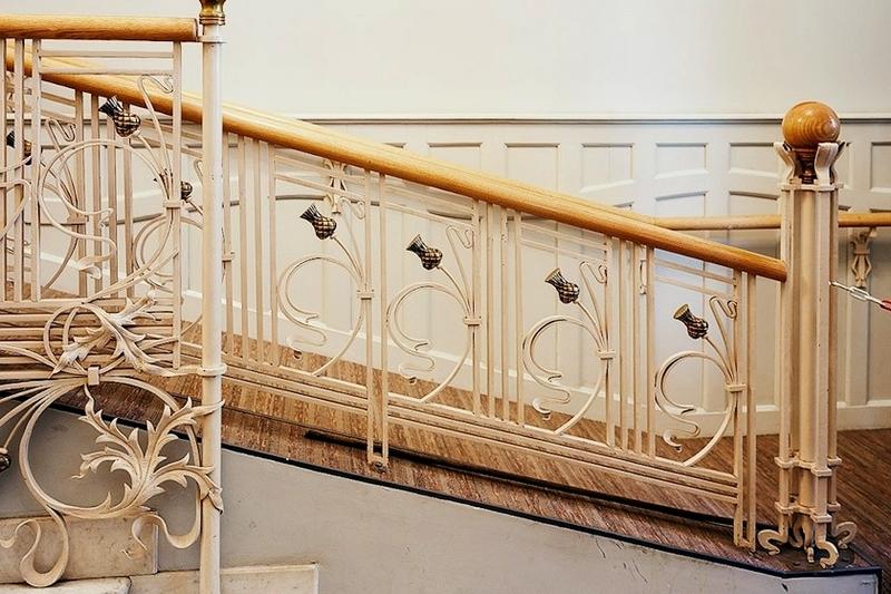 Лестница в особняке Н.И.Казакова. Фото с сайта «Мир модерна».