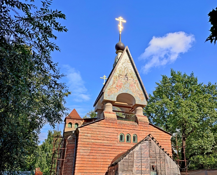 Храм на реставрации. Фото 2021.