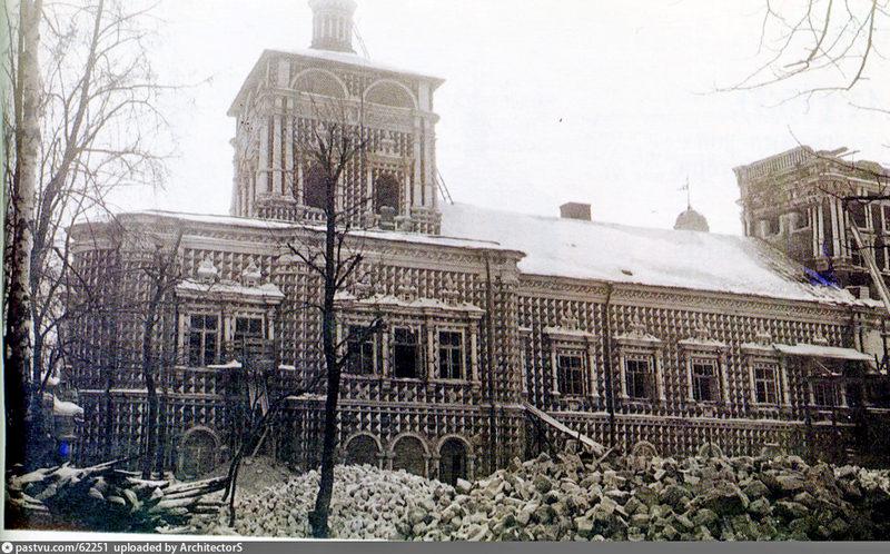 Храм сразу после взрывов 1930 года.