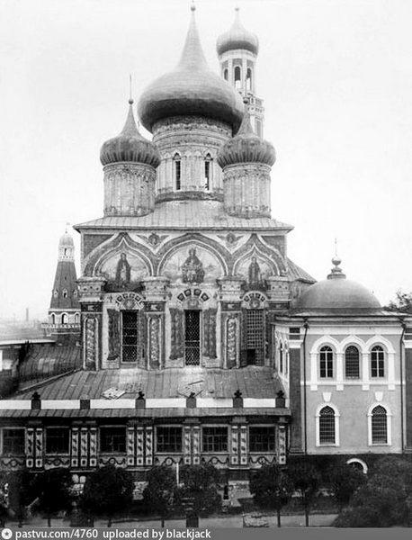 Успенский собор Симонова монастыря. 1543-1549, переделки XVIII–XIX вв. Фото 1893.