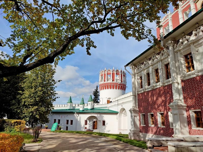 Надпрудная башня с палатами царевны Софьи Алексеевны.