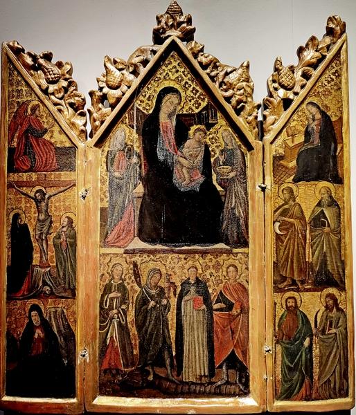 Андреа ди Бартоло (1360/1370-1428). Триптих с мадонной, младенцем, святыми и сценой Благовещения и распятия. Дерево, темпера.