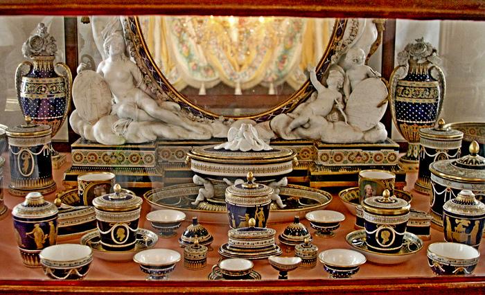 Туалетный прибор. 1782. Музей-заповедник «Павловск». Фото не с выставки.