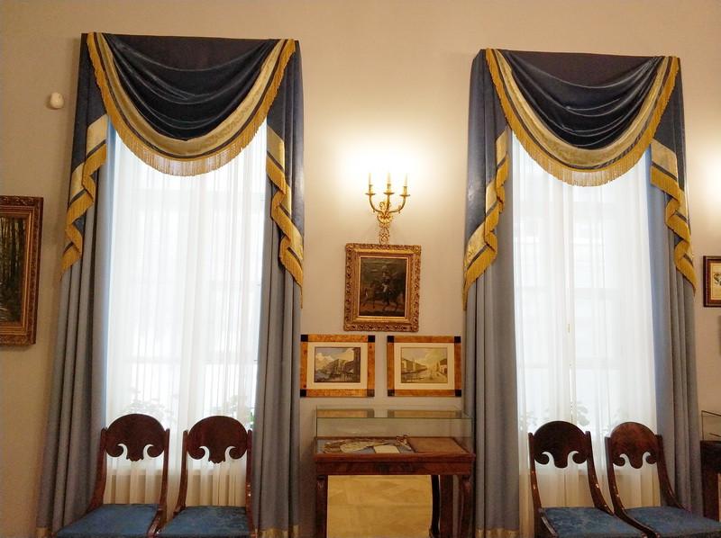 Большой зал парадной анфилады Тургеневы чаще всего использовали как столовую.