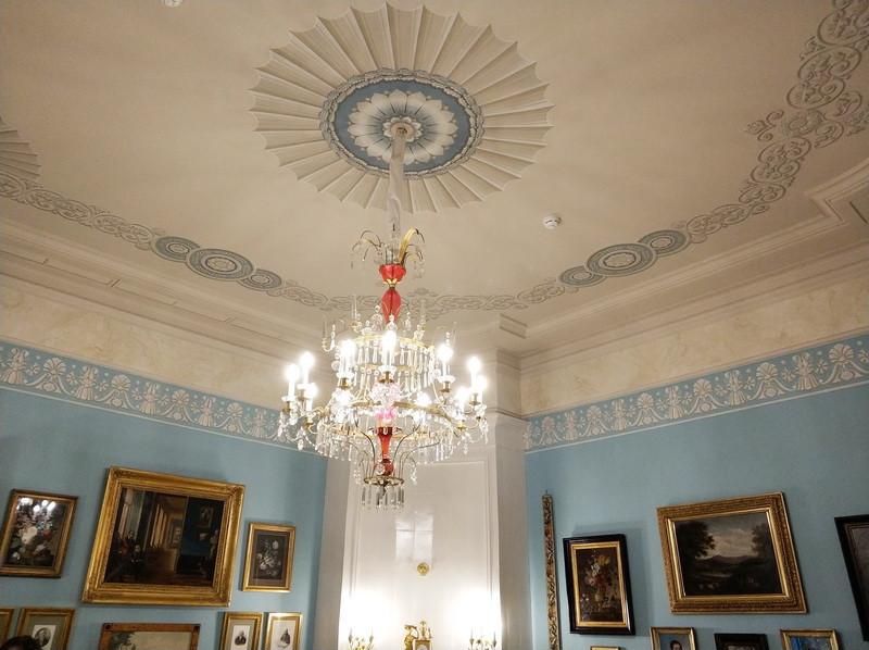 Гостиная В.П.Тургеневой. Альфрейная роспись потолка, воссозданная по аналогам первой половины XIX века.