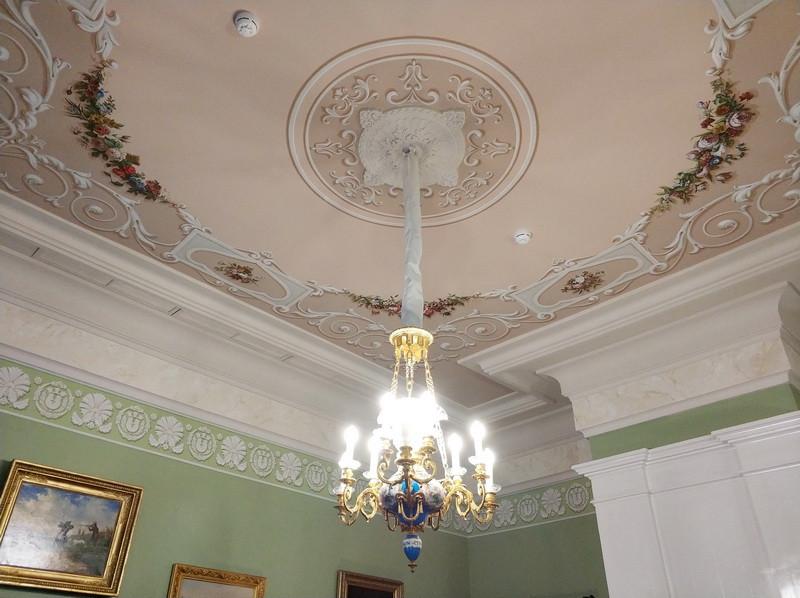Спальня и кабинет В.П. Тургеневой. Альфрейная роспись потолка.