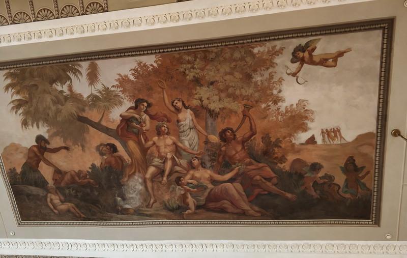 Расписной плафон мраморного зала – панно «Пир Вакха (Диониса) на острове Наксос».