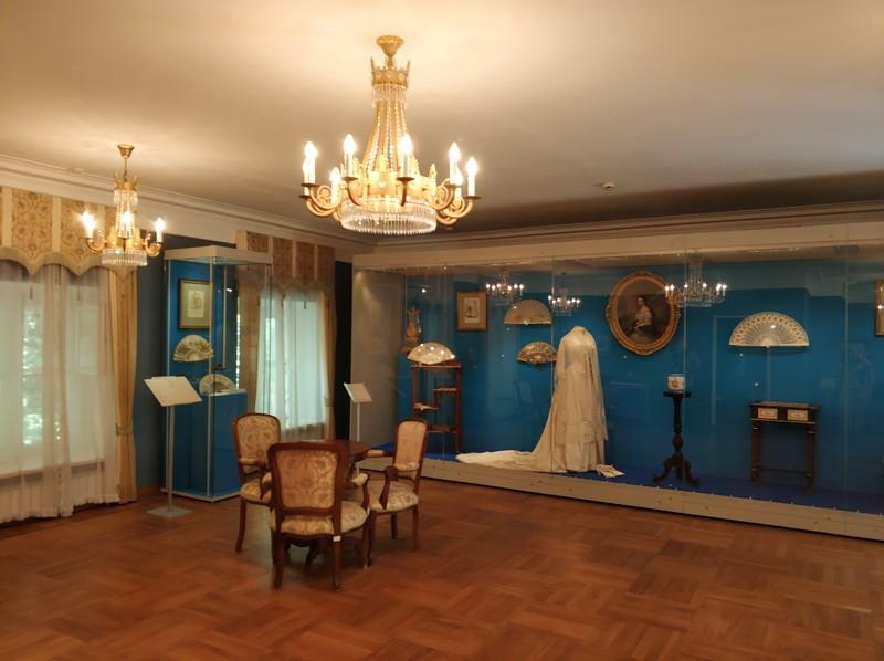 Жилые комнаты второго этажа дворца Дурасова.