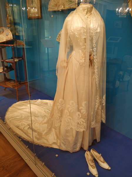 Платье подвенечное. Франция. Конец 1880-х.