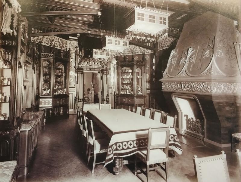 Граненая столовая. Фото 1900-е гг.