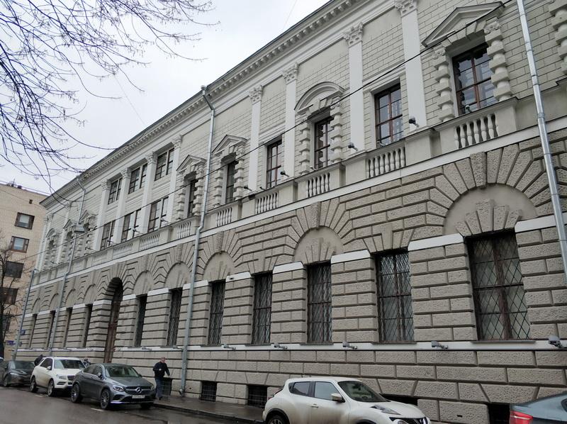 Особняк Тарасова. Фасад со стороны Большого Патриаршего переулка.