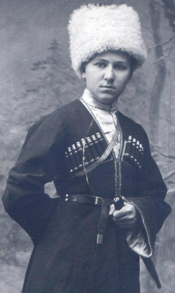 жена слащева