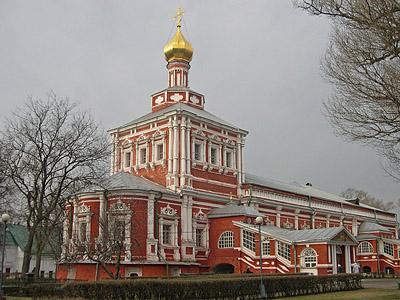 Novodevichiy_monastir-400