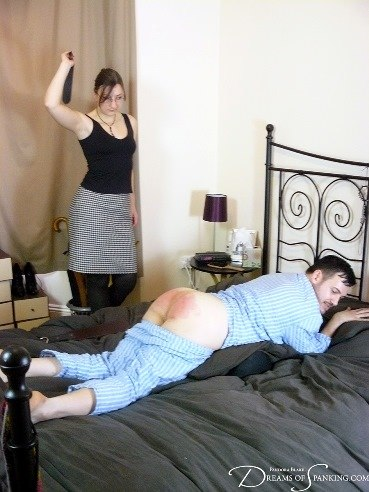 legkiy-spanking-video-eksperimenti-nad-zhenskim-telom-video
