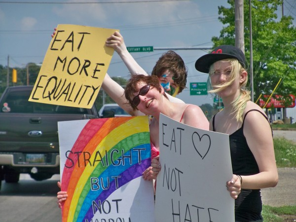 Group_Protest_Pic[1]