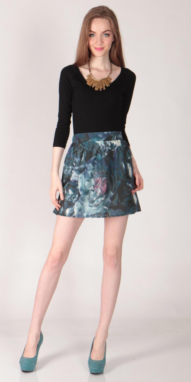 Mid Waist Floral Skirt2