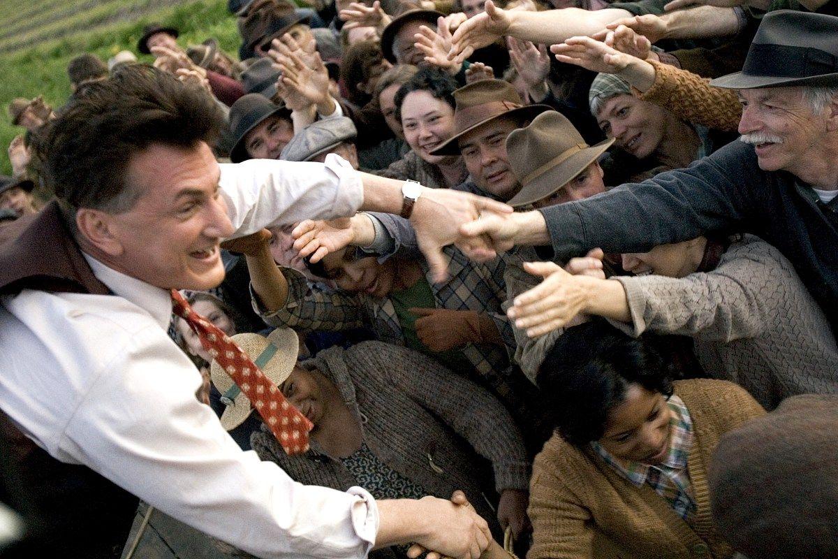 Кадр из фильма «Вся королевская рать» с Шоном Пенном в главной роли. Режиссер Стивен Зеллиан, 2006 год / imdb.com