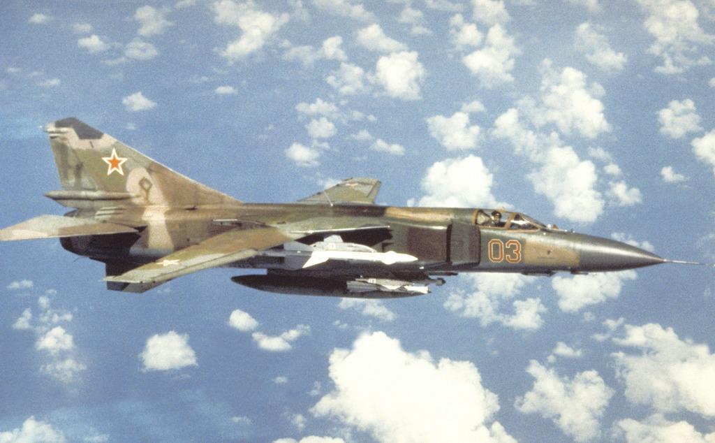 31 год назад советский МиГ-23 улетел в Бельгию без пилота