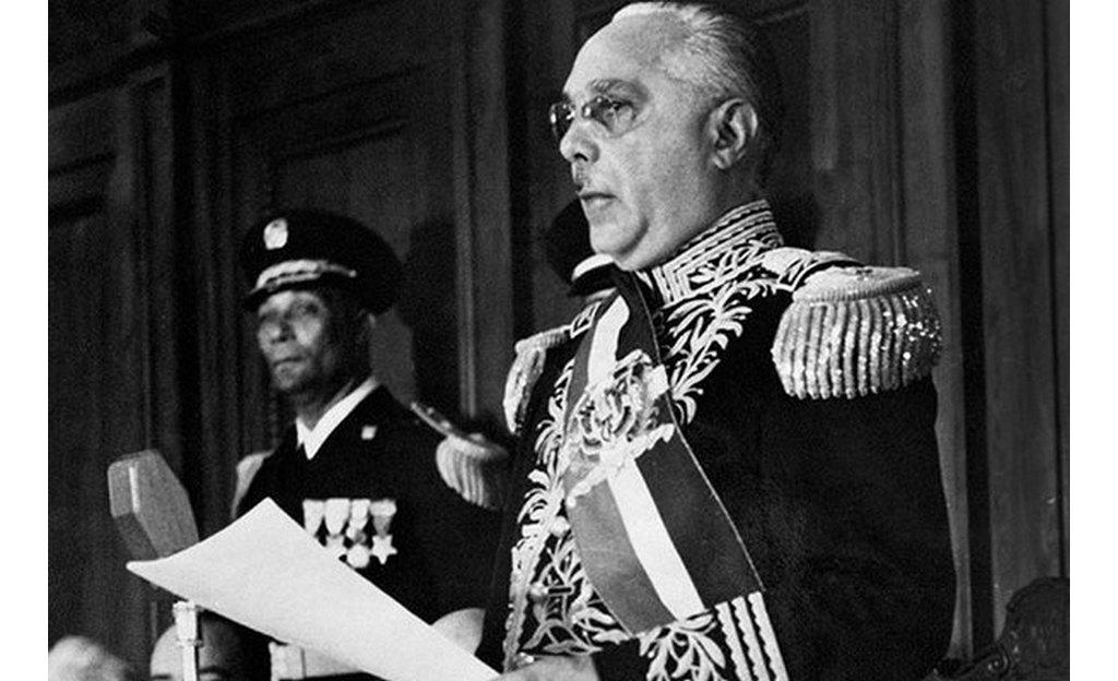 Стандартный конец эры диктатора