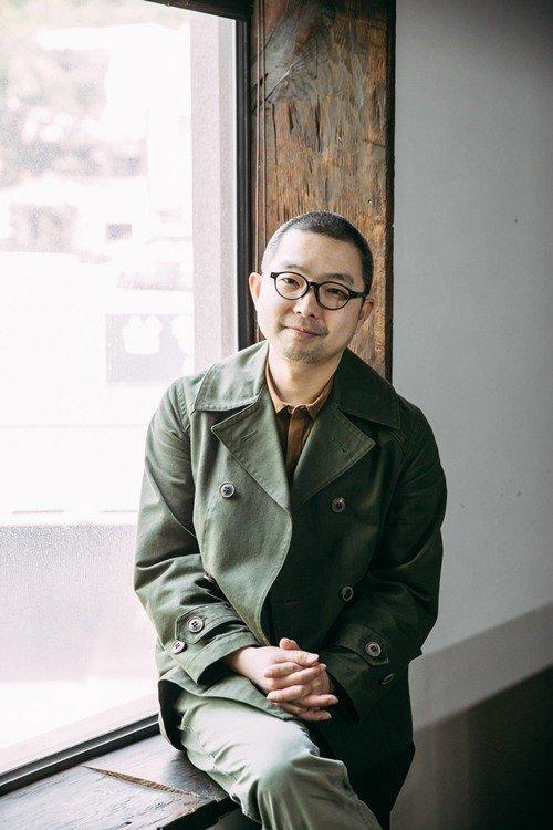 режиссер Мун Хён Сон