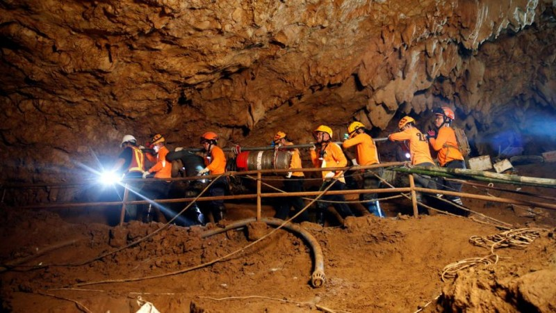 Спасательная операция по вызволению детей из затопленной пещере в Таиланде, 2018г.