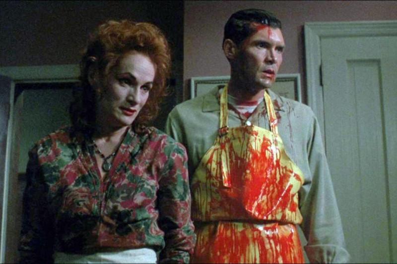 """кадр из фильма """"Люди под лестницей"""""""