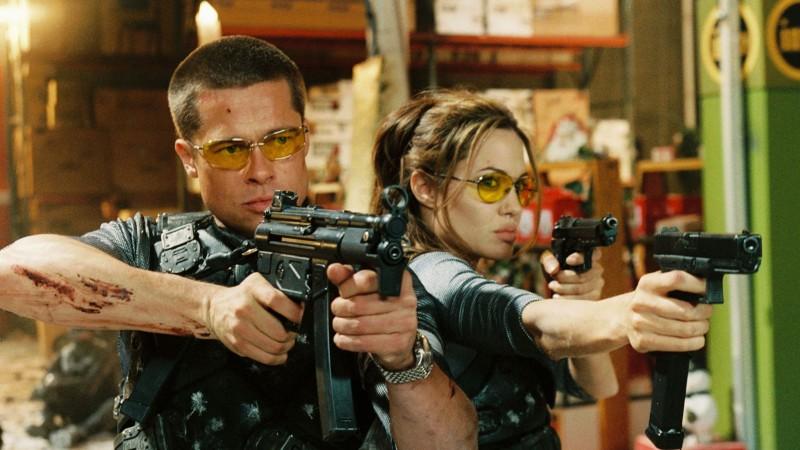 """Брэд Питт и Анджелина Джоли в фильме """"Мистер и миссис Смит"""" 2005г."""