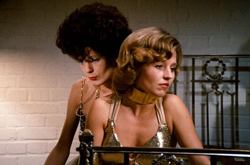 Кадр из фильма «Горькие слезы Петры Фон Кант» 1972г