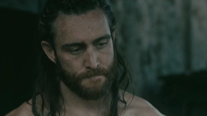 Лоуренс О'Фуорейн в роли капитана Хакона в «Викингах»