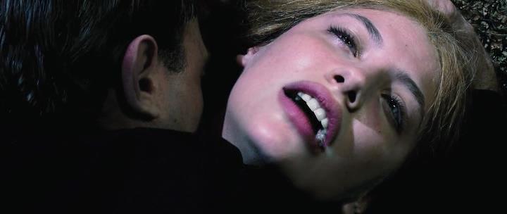Dracula.2012.P.HDRip.1.46Gb.avi_snapshot_00.08.33_[2014.03.16_22.36.12]