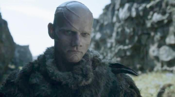 Game.of.Thrones.S04E01.rus.LostFilm.TV.avi_snapshot_00.32.28_[2014.04.11_11.38.46]