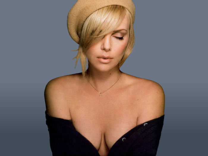 Charlize-Theron-Wallpaper-0