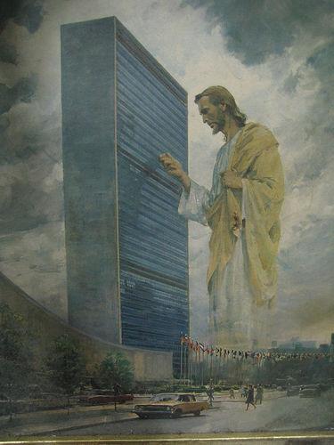 Jesus_knocking_un