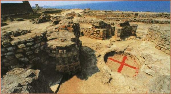 0013-006-Kupel-baptisterija-v-KHersonese-Korsuni