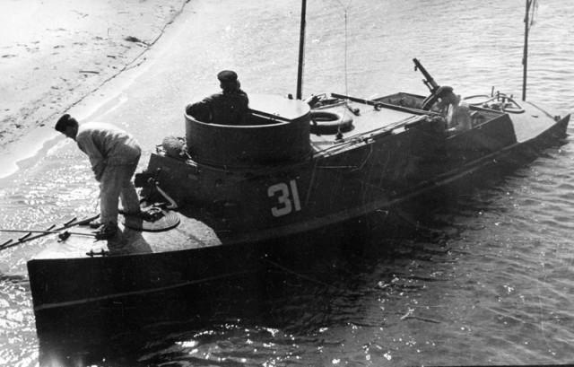 фильмы о моряках во время войны работодателе: