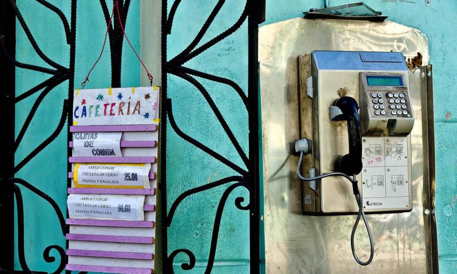 Куба, телефонная связь