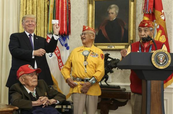 Трамп, Покахонтас и шифровальщики - навахо