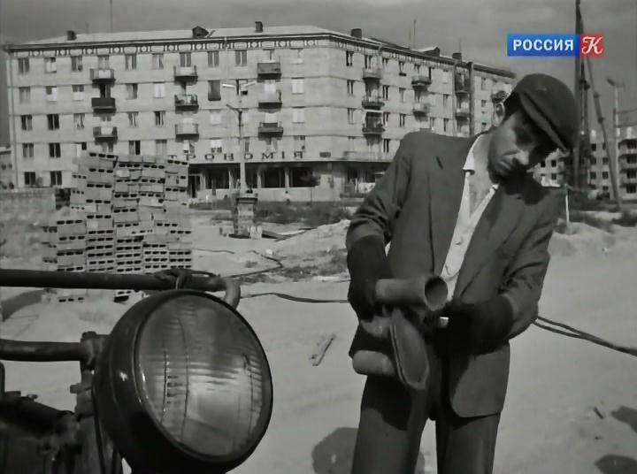 Proschaite.golubi.1960.avi_snapshot_00.27.23_[2014.07.04_17.07.52]