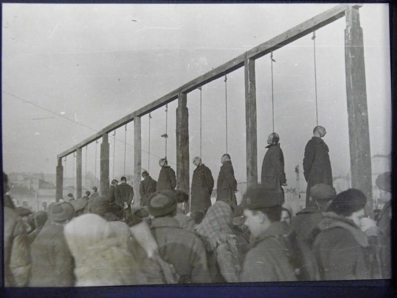 04-1946