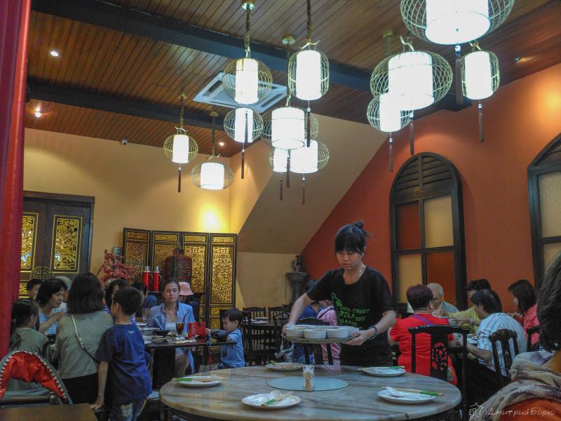 Интерьер ресторана баба-ненья