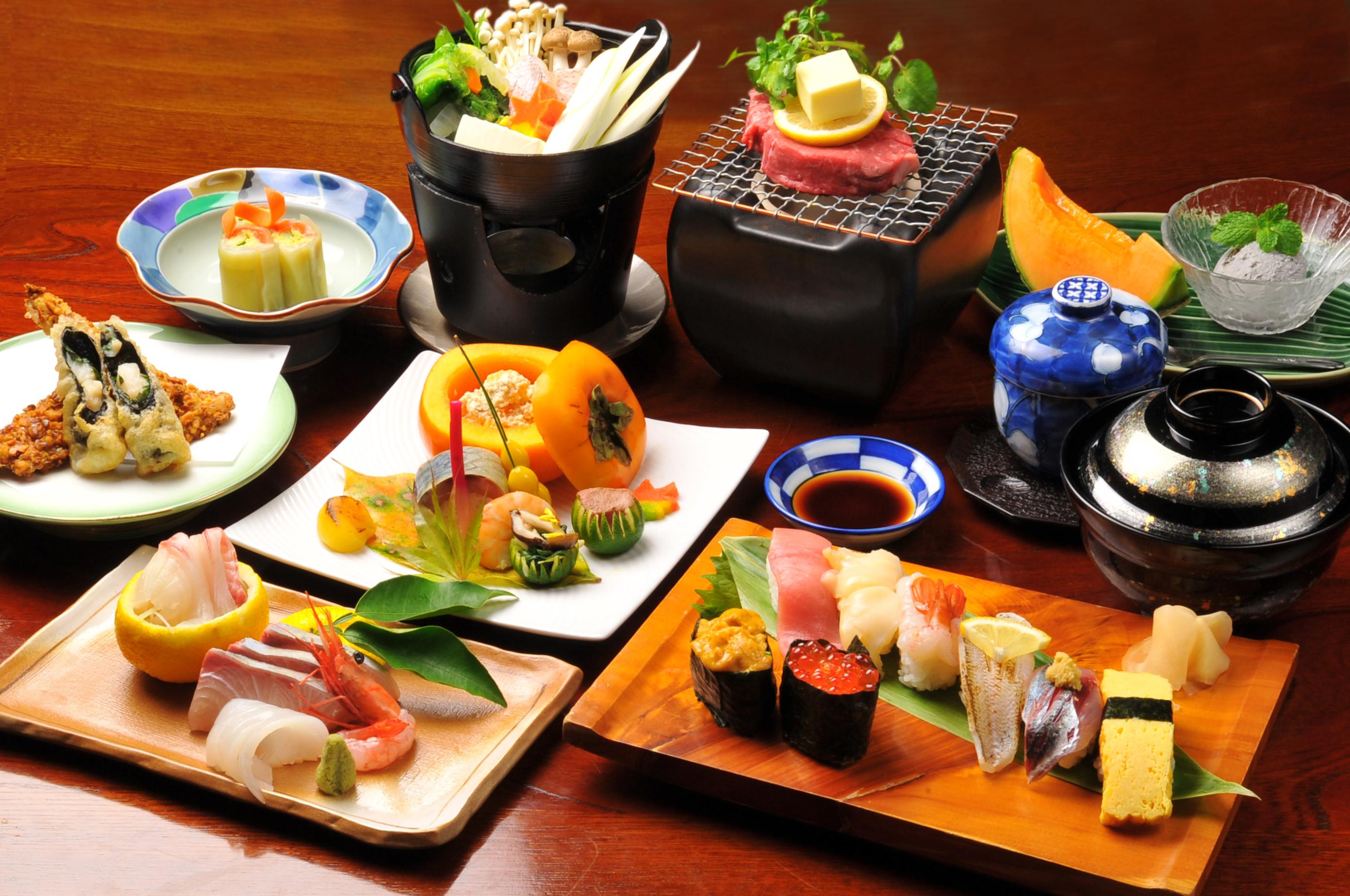 yaponiya-eda-sushi-d1b2f92