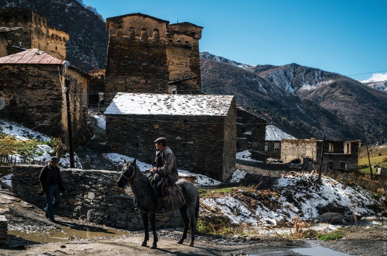 Местные жители в Чажаши, Ушгули, Верхняя Сванетия