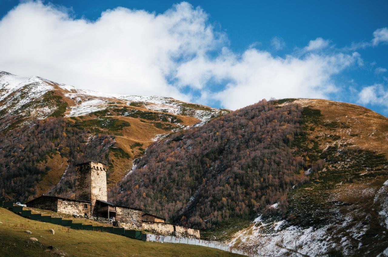 Монастырь Ламарии, Ушгули, Грузия