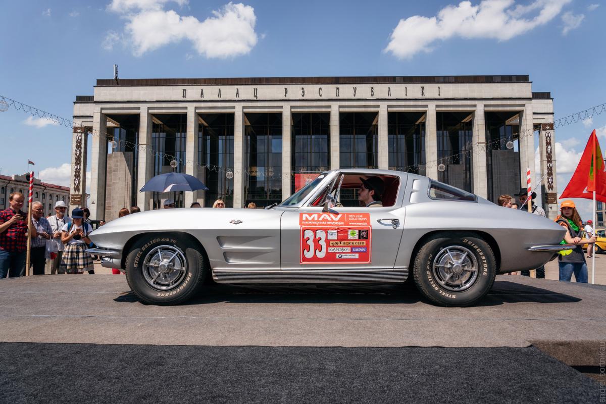 Chevrolet Corvette C2, 1963