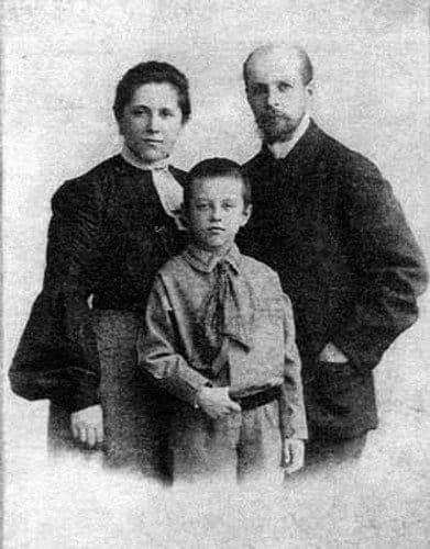 Semya-Muravevyih.1905-g.