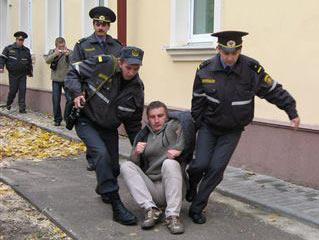 Милиция разогнала в Гродно акцию защитников деревьев от вырубки, 16.10.2008 г
